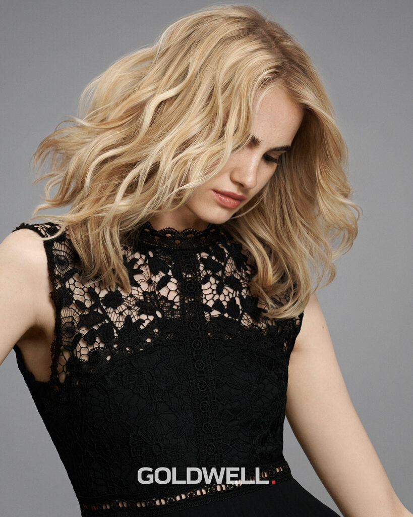 Elumen Blonde: Color, tone & treat in 1 product